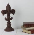 no-seal-chalk-paint-brown-chocolate-with-books-vintro.jpg