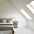matt-emulsion-paint-white-walls-nymph-crystal-bedroom-vintro.jpg