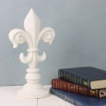 chalk-paint-white-pearl-with-books-vintro.jpg