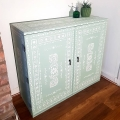 Chalk-paint-verdant-green-cupboard-vintro.jpg